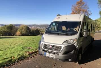 Wohnmobil mieten in Sinsheim von privat | Weinsberg Bernie