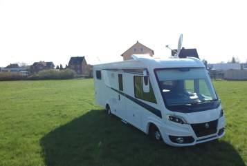 Wohnmobil mieten in Limburg an der Lahn von privat | Knaus Benno