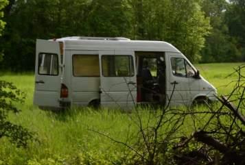 Wohnmobil mieten in Leipzig von privat | Mercedes Benz Werner