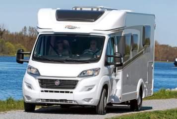 Wohnmobil mieten in Erfurt von privat   Carado Carado T339
