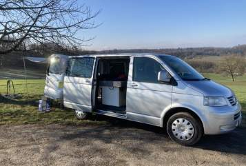 Wohnmobil mieten in Lörrach von privat | VW T5 Sisu