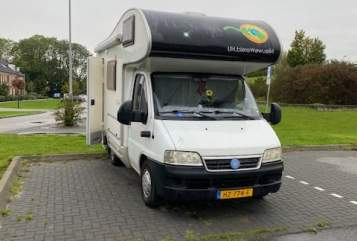 Wohnmobil mieten in Utrecht von privat | McLouis Aysha