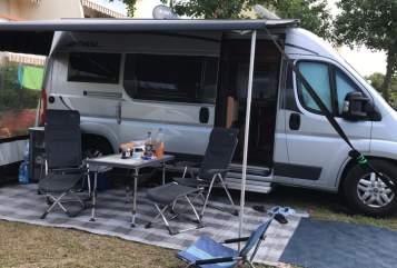 Wohnmobil mieten in Stuttgart von privat | Pössl Maja
