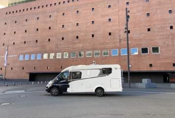 Wohnmobil mieten in Norderstedt von privat   Carado LM Längsbetten