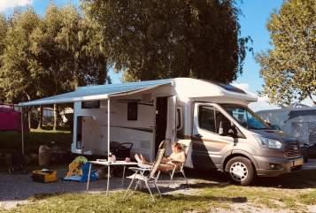 Wohnmobil mieten in Harderwijk von privat   Roller Team H02 Roller Team H02