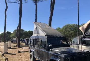 Wohnmobil mieten in Iserlohn von privat | Landrover Defender 110 Defender_Yoda