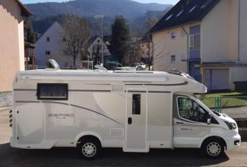 Wohnmobil mieten in Gutach im Breisgau von privat | Roller Team  Zefi
