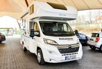 Wohnmobil mieten in Bad Oeynhausen von privat | Sunliving SunLiving A60SP