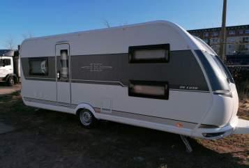 Wohnmobil mieten in Rostock von privat | Hobby Happy Family
