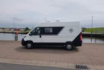 Wohnmobil mieten in Bad Bramstedt von privat   Peugeot Boxer Compass 2.0 Auszeit