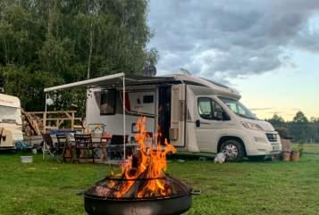 Wohnmobil mieten in Bielefeld von privat | Bürstner Dietmar