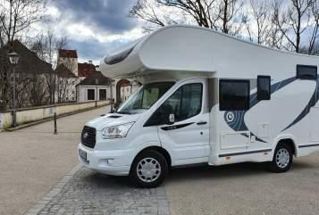 Wohnmobil mieten in München von privat | Chausson Max