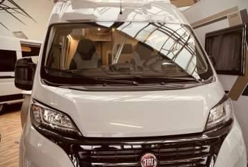 Wohnmobil mieten in Braunschweig von privat | Weinsberg Weinsberg-Emma