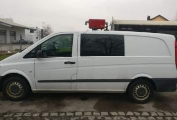Wohnmobil mieten in Kissing von privat | Mercedes Benz Fluchtwagen