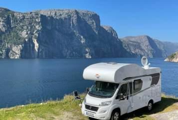 Wohnmobil mieten in Hamm von privat   Carado Rudi