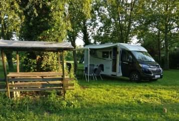 Wohnmobil mieten in Essen von privat   Carado Carado Van V337
