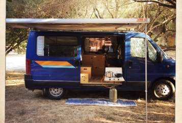 Wohnmobil mieten in München von privat | Ford Ducato Der blaue Blitz