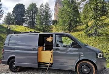 Wohnmobil mieten in Potsdam von privat | VW Earl Grey