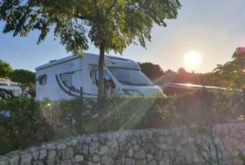 Wohnmobil mieten in Mittenwald von privat | Knaus Unser Großer