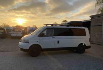 Wohnmobil mieten in Schwerin von privat | VW t5.1 Küstencamper