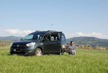 Wohnmobil mieten in Freiburg im Breisgau von privat   Dacia Fryd