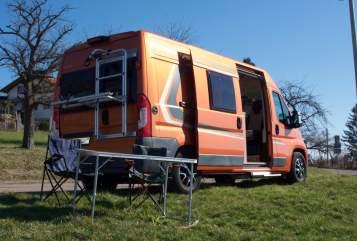 Wohnmobil mieten in Esslingen am Neckar von privat | Weinsberg Pumpkin Carabus
