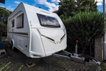 Wohnmobil mieten in Reinheim von privat   Weinsberg Caraone 420QD
