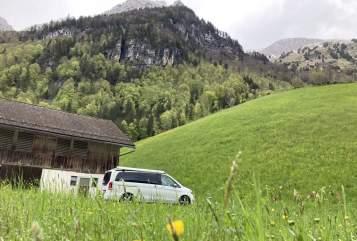 Wohnmobil mieten in Stuttgart von privat | Mercedes  BusInsAbenteuer