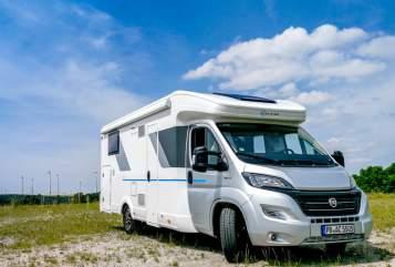 Wohnmobil mieten in Paderborn von privat   Sunliving  Adventure