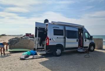 Wohnmobil mieten in Raa-Besenbek von privat | Pössl 2Win Plus Pössl