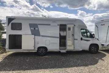 Wohnmobil mieten in Uhingen von privat | Pilote Nomads home