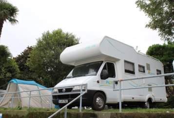 Wohnmobil mieten in Köln von privat | Pilote Kölsche Jeck