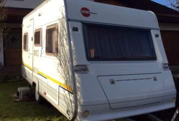 Wohnmobil mieten in Eiselfing von privat | Bürstner Bene