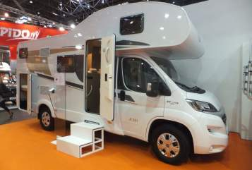 Wohnmobil mieten in Kelberg von privat | Carado Family 1 *New*