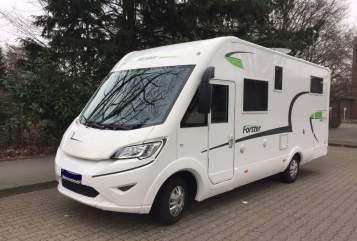 Wohnmobil mieten in Mönchengladbach von privat | Forster Forster I 699 EB
