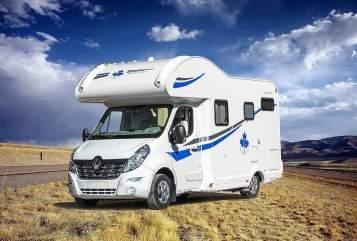 Wohnmobil mieten in Offenburg von privat | Renault Nola
