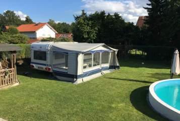Wohnmobil mieten in Gronau (Westfalen) von privat | Hobby  540 UFE Weltenbummler mit Klimaanlage/Mover
