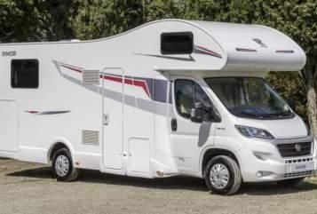 Wohnmobil mieten in Pirna von privat | Rimor Familien Camper