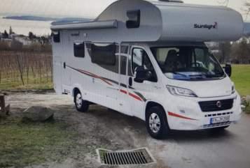 Wohnmobil mieten in Überlingen von privat | Fiat Ducato 2,3 L Multijet EURO 6 Sunlight A72