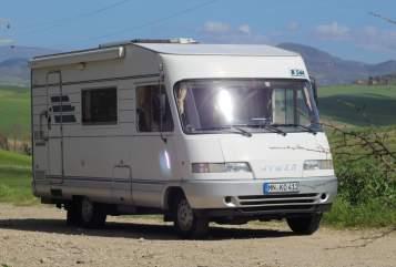 Wohnmobil mieten in Kettershausen von privat | Hymer Little Cottage