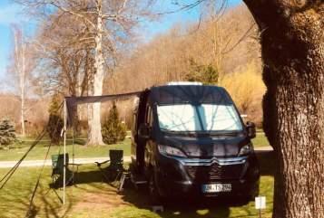 Wohnmobil mieten in Kamen von privat | Poessl  Black Box