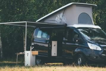 Wohnmobil mieten in Schöneiche bei Berlin von privat | Ford Transit Custom  MOVOVAN CAMPER