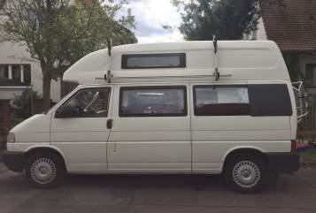 Wohnmobil mieten in Potsdam von privat | Volkswagen VW California Exclusive Bulli Sari