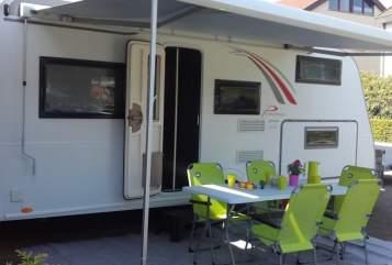 Wohnmobil mieten in Ofterdingen von privat | Bürstner Green Lounge