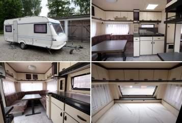 Wohnmobil mieten in Weißenhorn von privat | Hobby Hobby 495 hell