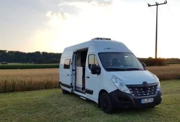 Wohnmobil mieten in Dresden von privat | Renault  Wolfgang