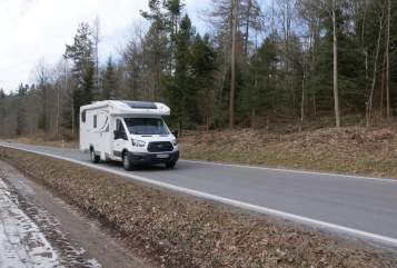 Wohnmobil mieten in Esslingen am Neckar von privat | Ford RollerTeam
