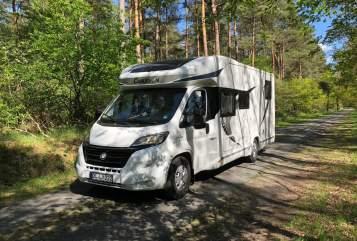 Wohnmobil mieten in Oldenburg von privat | Chausson  OLLY DER BESTE