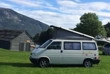 Wohnmobil mieten in Utrecht von privat | Volkswagen  Knusse VWT4