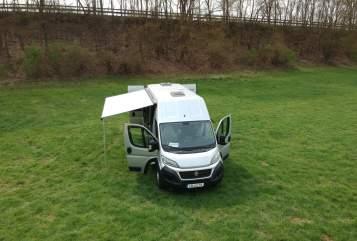 Wohnmobil mieten in Limburg an der Lahn von privat | Weinsberg  Sebastian